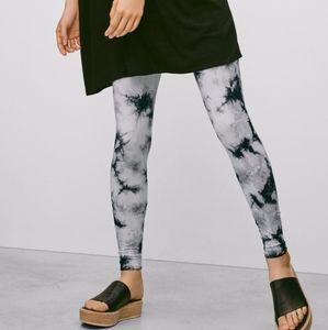 Aritzia Talula tie dye leggings size XS